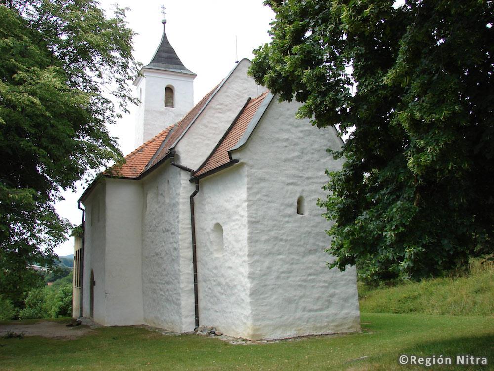Kostoľany pod Tribečom – Kostol sv. Juraja