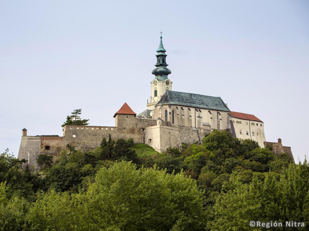 Nitra – Slovanské hradisko a Nitriansky hrad